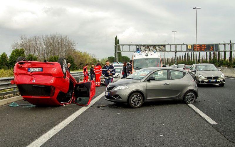 car-accident-2165210__480